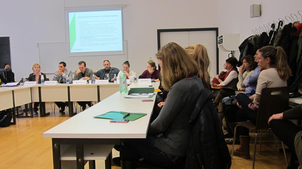 """Održan okrugli stol """"Izazovi i prilike volontiranja mladih u Dubrovniku"""""""
